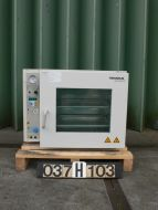 Kendro Laborato VT-6060 M - Drying oven